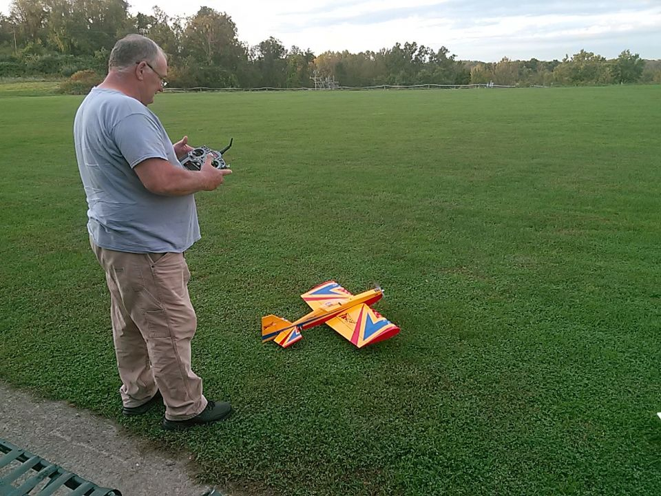 Bill made it to the field yesterday with his eflite twist!