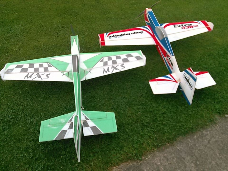 Me and Bill bought 2 of those green epp green planes thinking they would fly like the 3DHobby Extra! Not!!!!! Although they look almost the same, something is terribly wrong with the green plane. We are trying to figure it out! We a bound and determined to dial this piece of foam in!