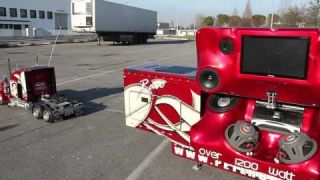 Peterbilt 359 RC 1:4 Super Sound Trailer.mp4